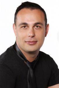 Christo Hinrichsen -01r-BA